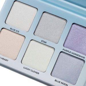 Anastasia Beverly Hills Makeup - Anastasia Beverly Hills moonchild glow kit